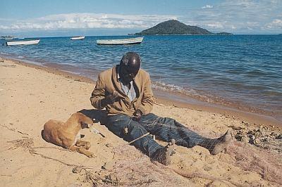 jezero Malawi - oprava sítí