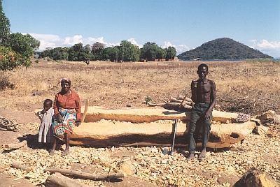 jezero Malawi - stavba lodi