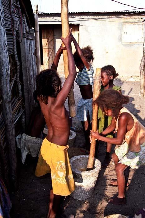 tlučení obilí, Madagaskar