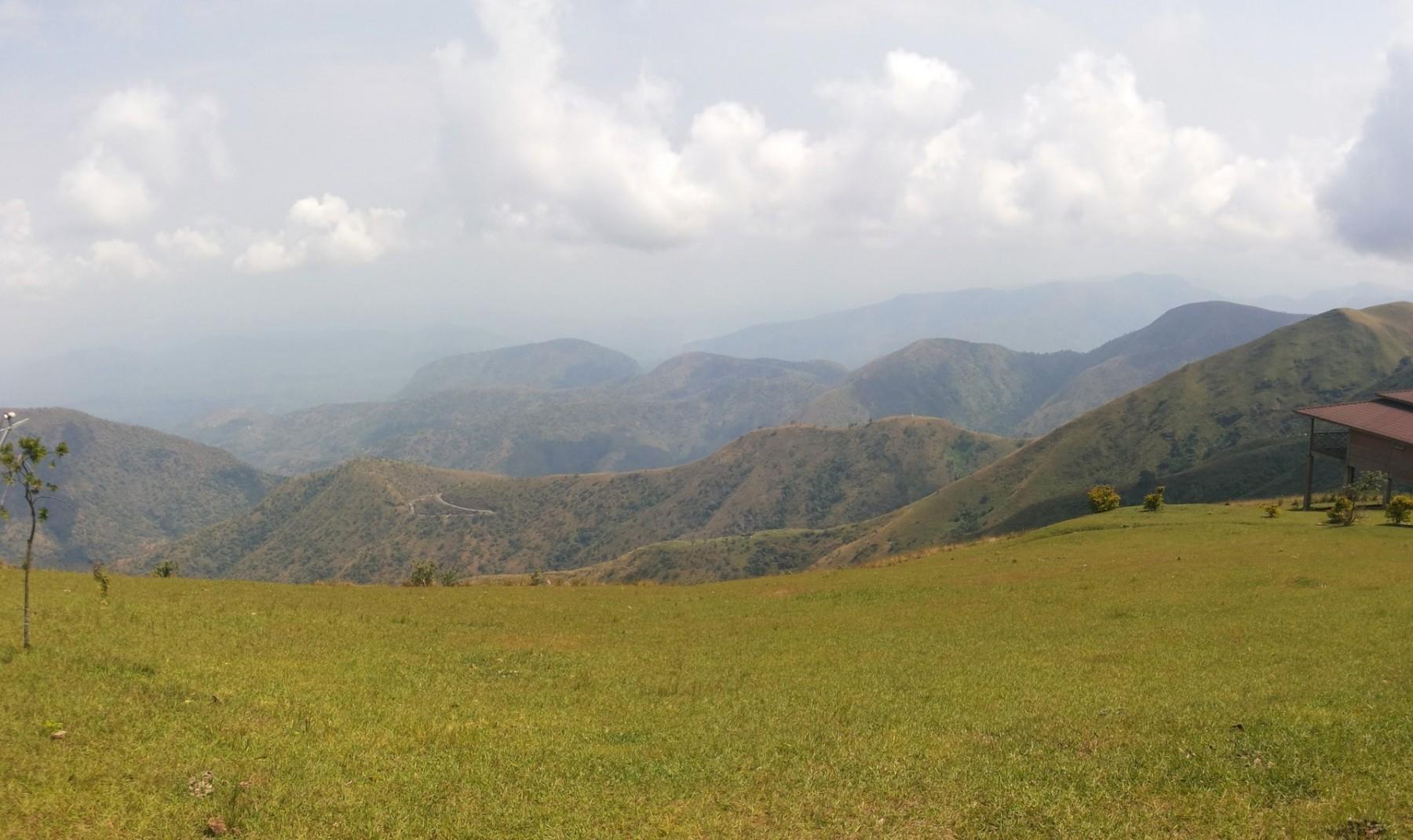 Cross River National Park a pohled směrem do vnitrozemí Nigérie