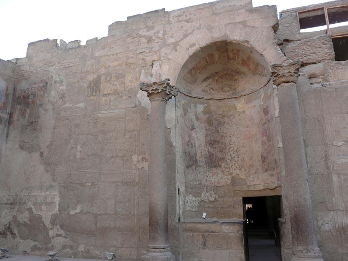 Luxorský chrám koptská_kaple
