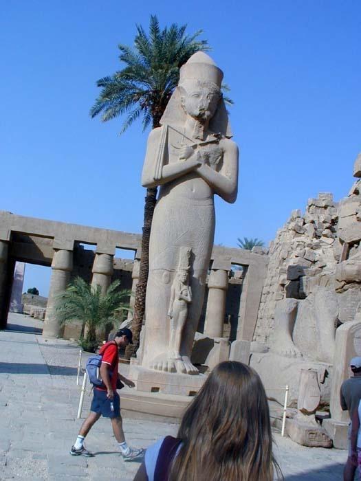 Ondřej Zikán - Achnaton a Nefertiti v Karnaku