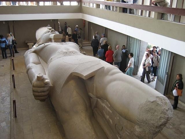 a rancid amoeba: Kolos Ramesse II.