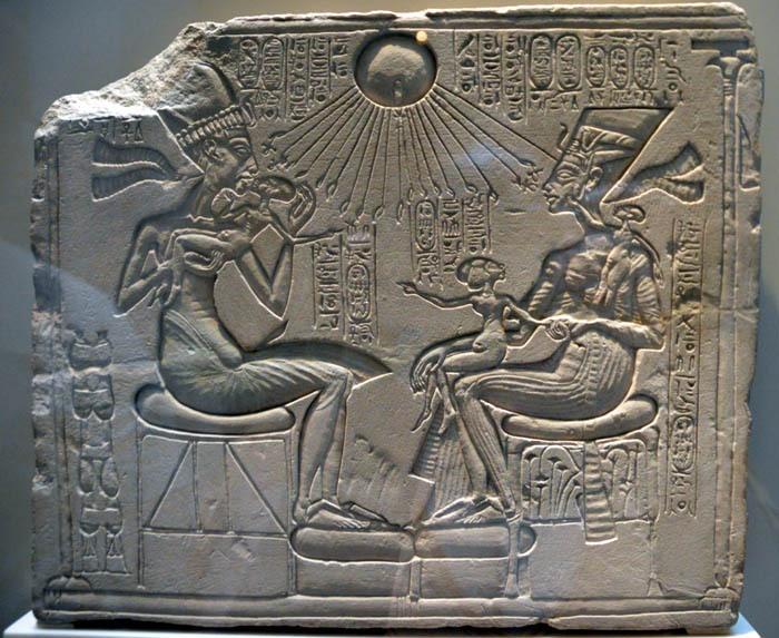 Achnaton a Nefertiti