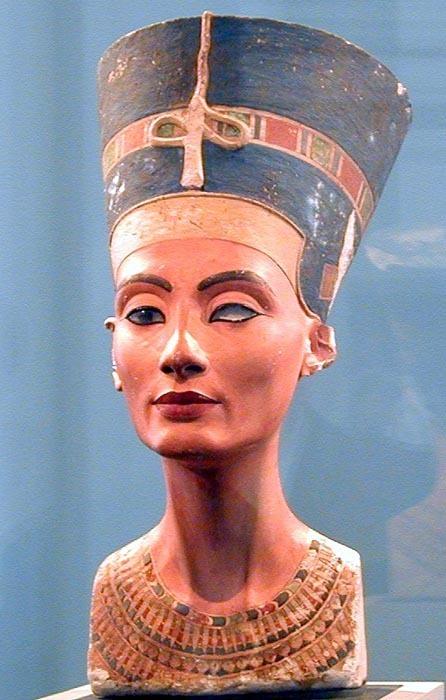 Busta Nefertiti