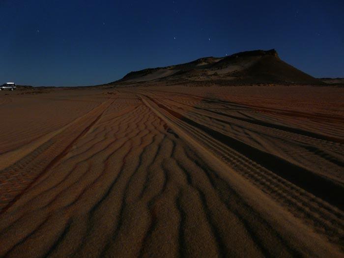 Noční Sahara poblíž Bahariye
