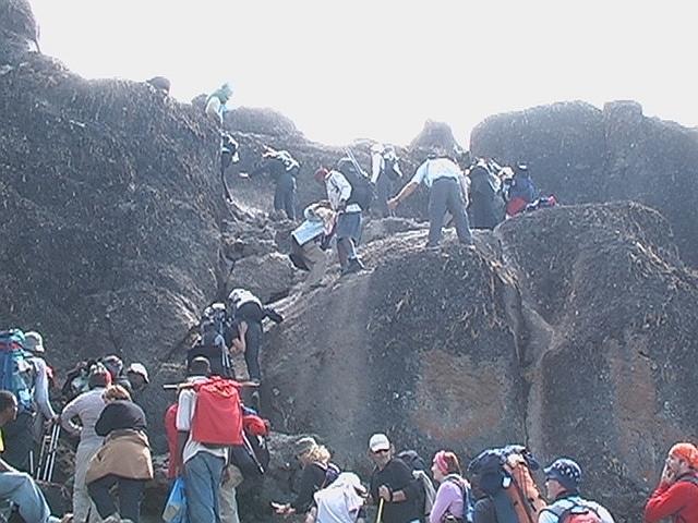 Breach Wall - Breakfast Wall - výstup, Kilimandžáro