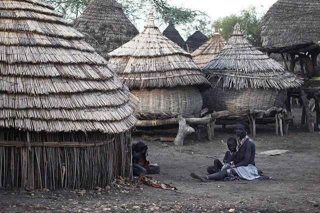 Steve Evans: vesnice kmene Toposa