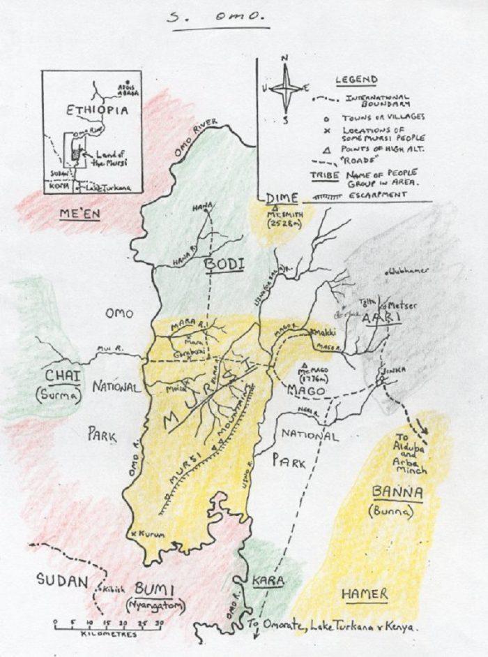 Kreslená mapa národů u řeky OMO (National Museum of Ethiopia)