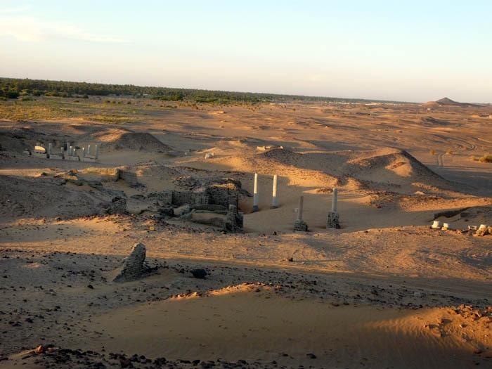 Chrámy v Dongole