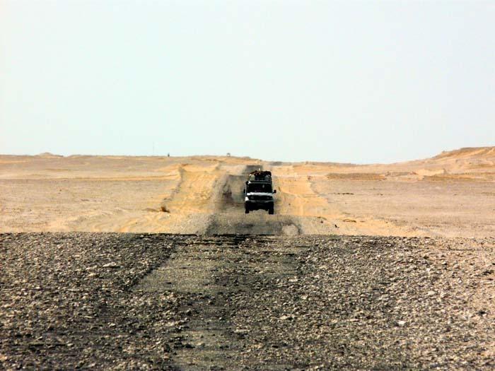 Zapadní poušť, Egypt; foto: Vladimír Zikán
