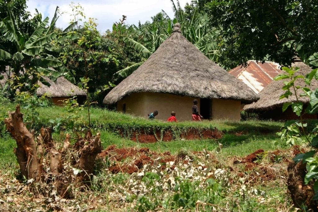 Dům ve vesnici Tabaka, Keňa (foto: Hana Morávková)