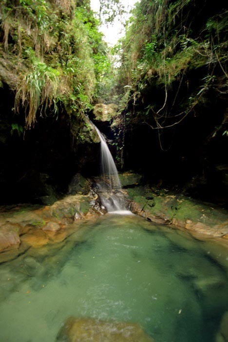 vodopad v Isalo, Madagaskar