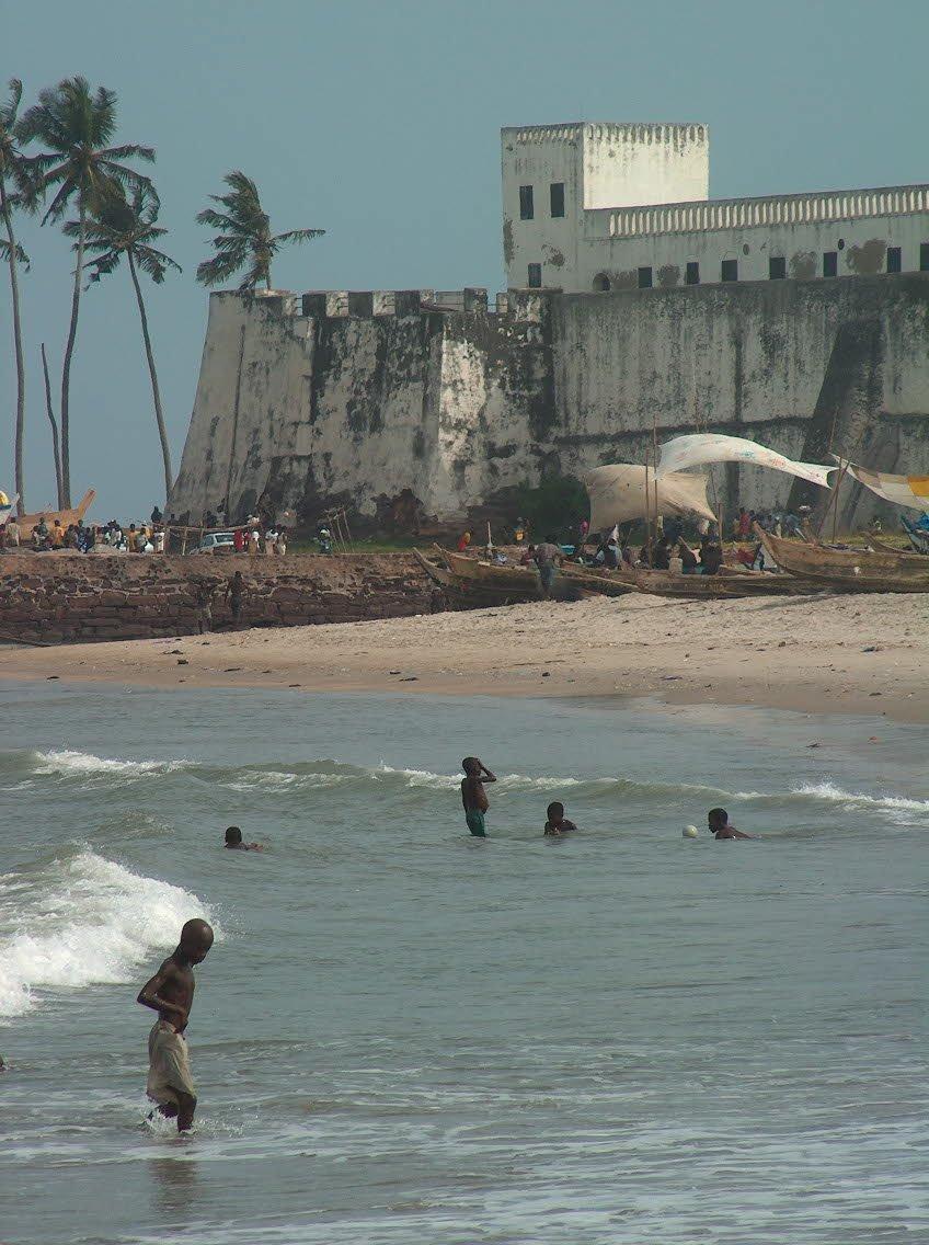 Elmina - pláž (Ghana)