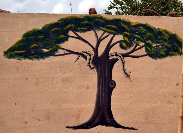 Jan Grodza: krajta na stromě života