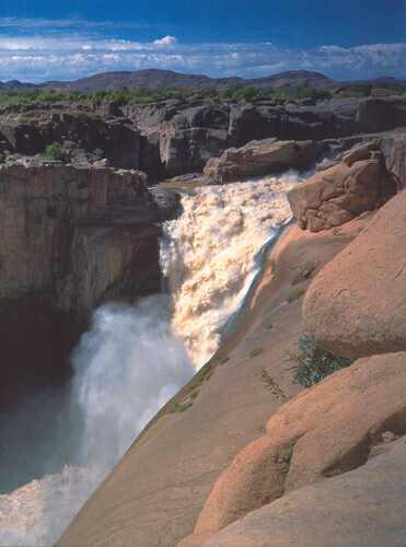 Vodopády Augrabies na dolním toku řeky Orange